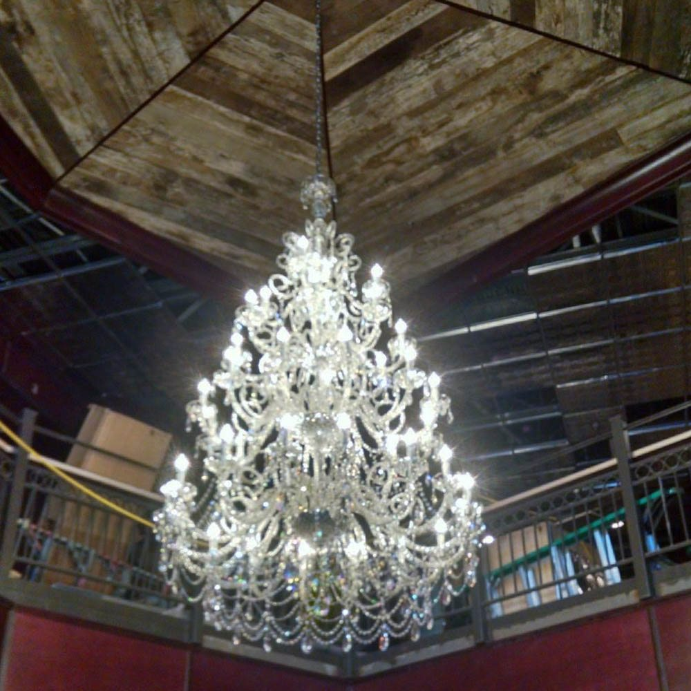 Vintage lighting gallery the big chandelier venitian crystal chandelier with 40 lights arubaitofo Gallery