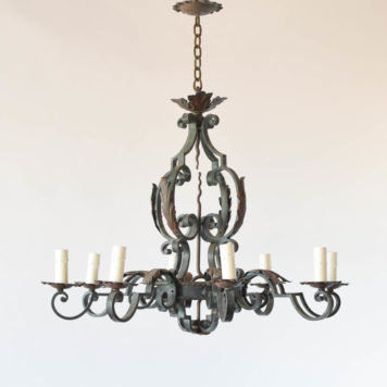 Large Iron Chandelier from Farance with a country French style