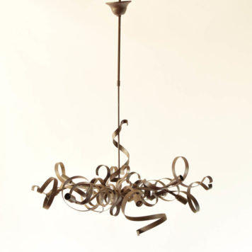 8 light iron ribbon form chandelier