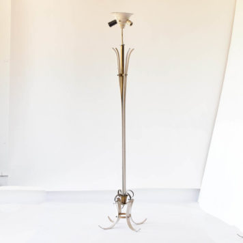 Deco iron floor lamp with brass
