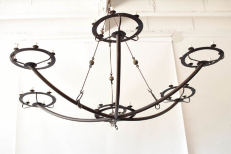 Massive rustic chandelier with 6 arms