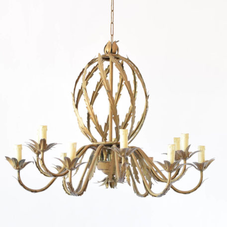 Gilded iron Spanish chandelier made of a central spiral ball with leaves and 12 arms with leaves and flower bobesches